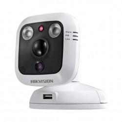 IP камера с Wi-Fi модулем Hikvision DS-2CD2C10F-IW (4мм)
